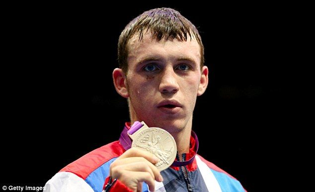 Britain's Fred Evans (from Wales) was forced to settle for an Olympic silver medal after losing to an impressive Kazakh Serik Sapiyev in their men's welterweight final at ExCel.
