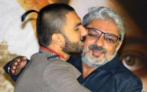 Film Fraternity Comes In Support Of Director Sanjay Leela Bhansali  Read More-->> http://www.oneworldnews.com/film-fraternity-comes-in-support-of-director-sanjay-leela-bhansali/