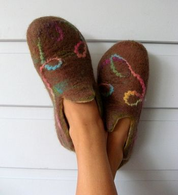 Felt Slipper Tutorial (you can make for man, woman or child).