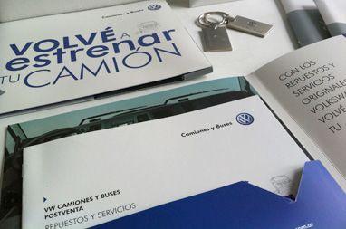 """Campaña """"Volvé a estrenar tu camión"""">> Merchandising - Catálogo - Afichetas"""