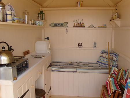 Google Image Result for http://tinyhouseblog.com/wp-content/uploads/2011/11/interior11.jpg