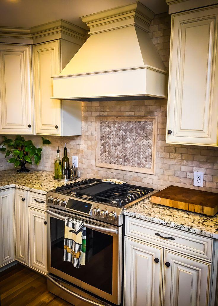 French kitchen,Farmhouse sink, Cream Cabinets, Mini ...