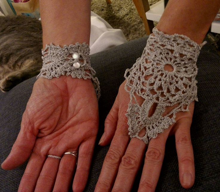Mitaines ou bijoux de main - Crocheting by Us