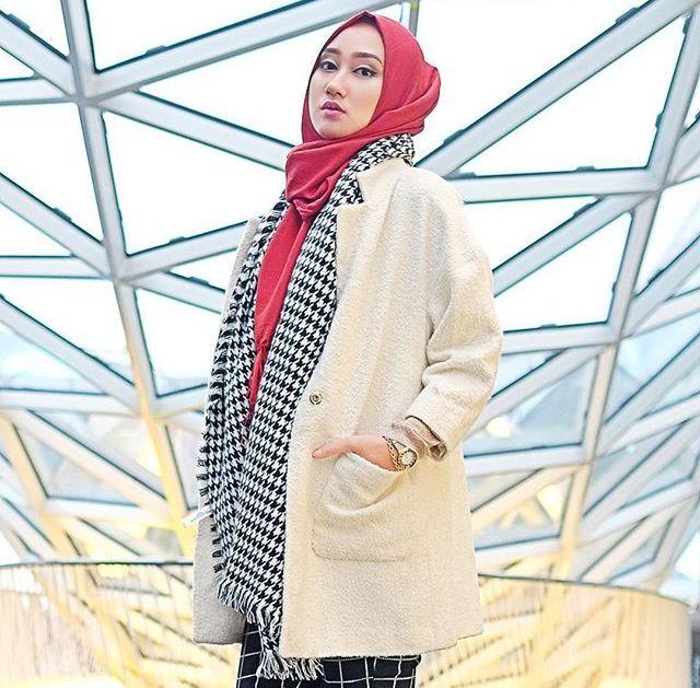 Dian Pelangi | Beauty of Hijab | InstaCrop Suheri034