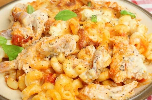 Chicken and tomato pasta bake - 50 things to make with tinned tomatoes