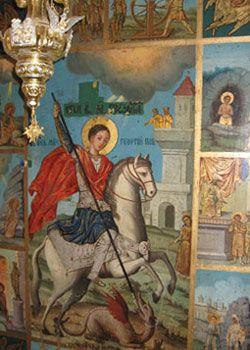"""""""Comitetul de Ridicare a Capelei Sfantului Dimitrie Basarabov"""" avea principala sarcina de a ridica o cladire de chilii, in chiar curtea din fata pesterii sfantului. Chiliile manastirii au fost terminate si binecuvantate in data de 14 mai 1937, insa nu au supravietuit decat pana in anul 1940, cand o inundatie a distrus intreaga cladire."""