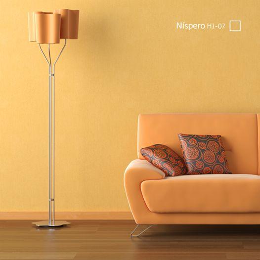 El amarillo puede crear una sensación de felicidad y entusiasmo, pues se le asocia con la luz y la energía. #amarillo #livingroom