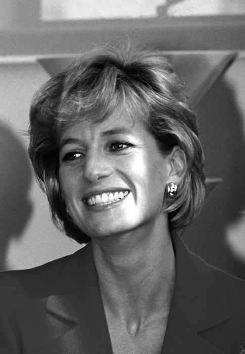 Princess Diana during a visit to the London Lighthouse, a centre for people affected by HIV and AIDS, in London, October 1996. (Photo by Jayne Fincher/Getty Images)