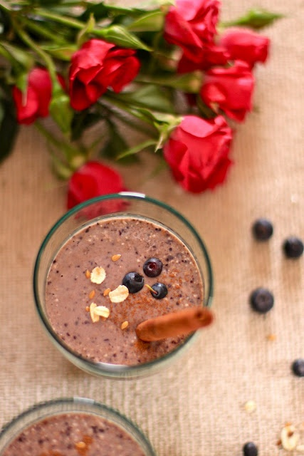 Plateful: Blueberry Banana Oatmeal Smoothie—a power-packed hearty drink