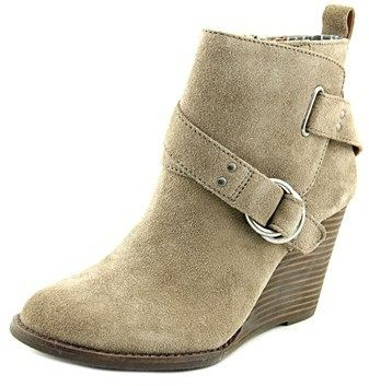 Lucky Brand Yerik Women Round Toe Suede Nude Ankle Boot.