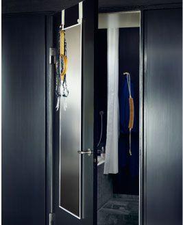 Oltre 1000 idee su armadio a specchio su pinterest anta - Specchio portagioie ikea ...