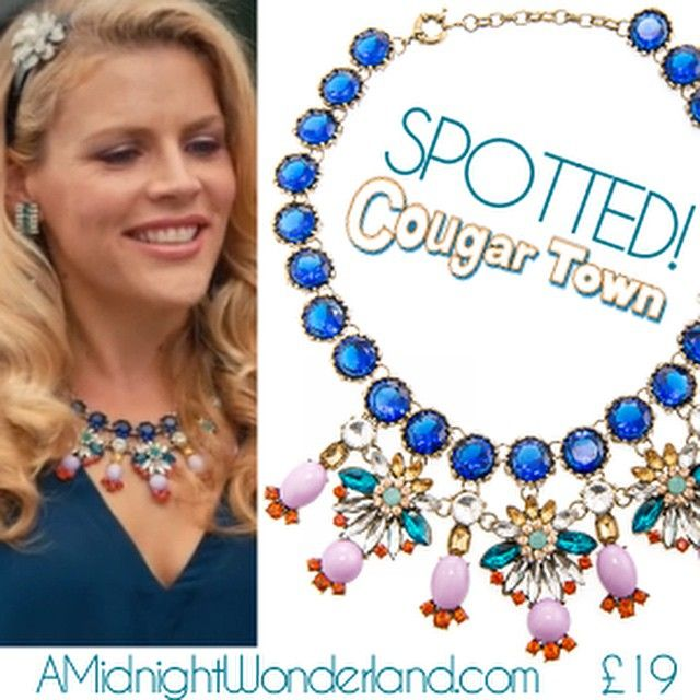 We love Laurie on @cougartowntbs!  & now you can steal her style with our Pretty Petals necklace! #cougartown #celebstyle #wornontv #jewellery