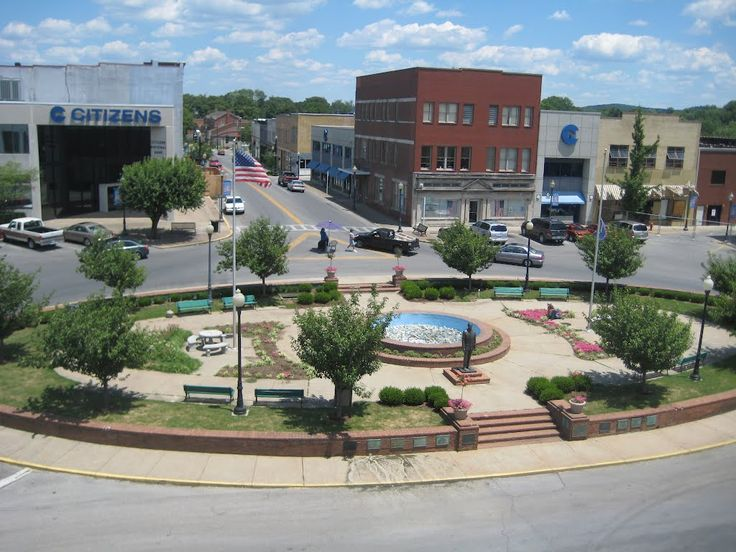 Car Lots In Somerset Ky >> pictures of somerset ky | Fountain Square Somerset, KY | Pics. of Ky | Pinterest | Photos ...