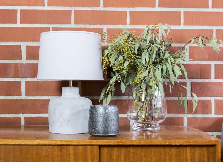 Pentik Betoni lamp stand | Betoni (Concrete) lamp stand adds attitude to your interior decoration. It goes well with Pentik's Deco shade, for instance.