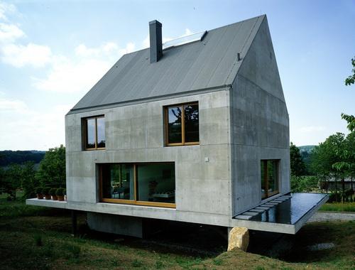 House in Leymen, by Herzog & de Meuron (1998).