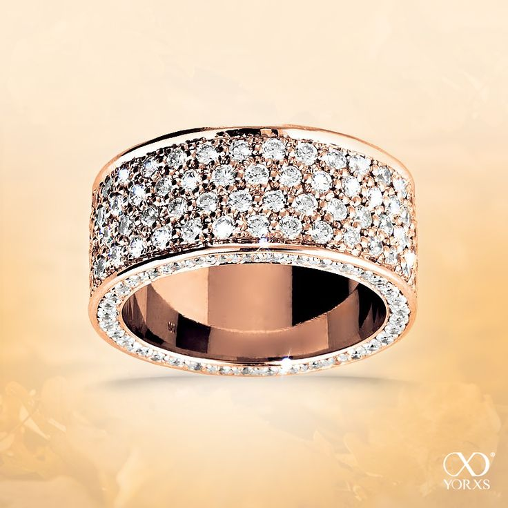 """You´ll look stunning with this ring! """"Splendida"""" adds a special sparkle. #yorxs #funkeln #diamantring #ring #rotgold #extravagant"""