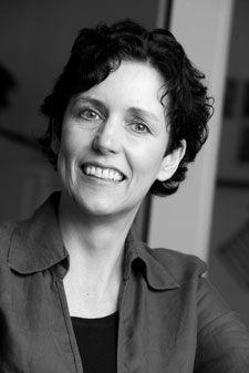haar lieveling schrijfster was Enid Blyton ze schrijft vooral 12+ boeken  en het zijn vooral spannende thrillers die ze schrijft