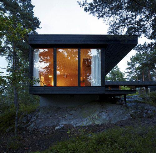 Norwegian Summer House, Oslo, Norway by IRENE SÆVIK