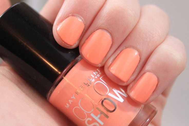 Maybelline Color Show Nail Lacquer in Pretty in Peach ♥ Review & Swatches