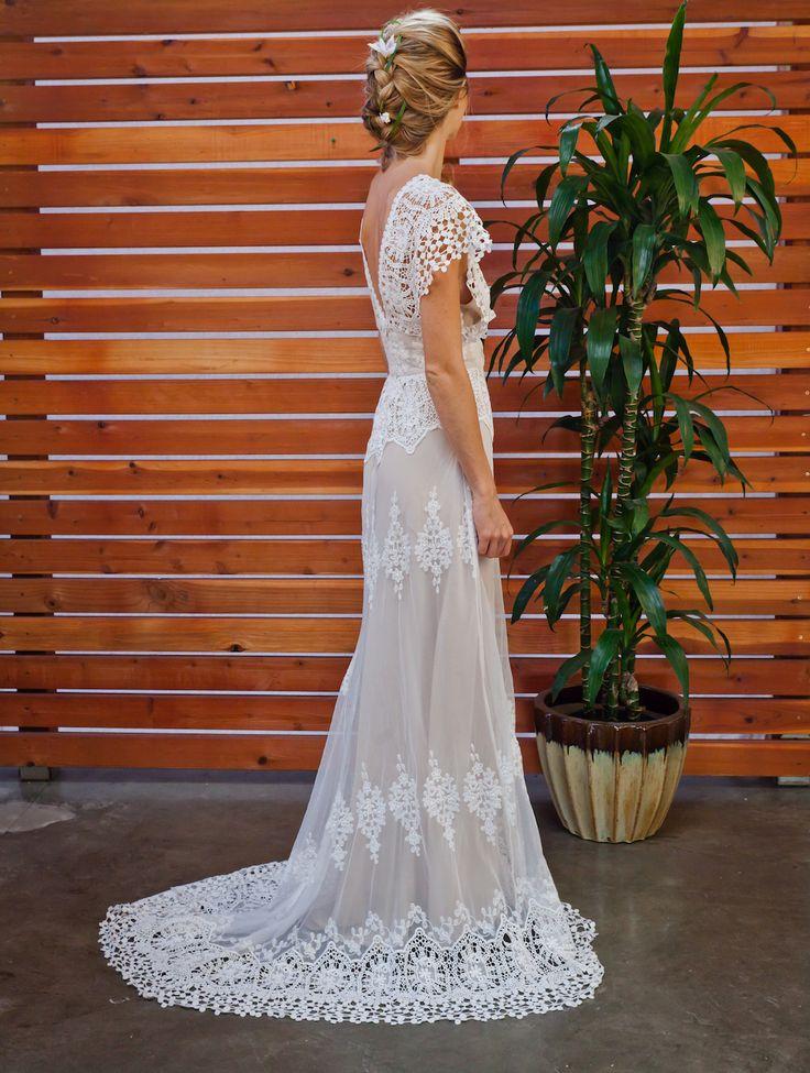 Best 25 cotton wedding dresses ideas on pinterest for Romantic bohemian wedding dresses