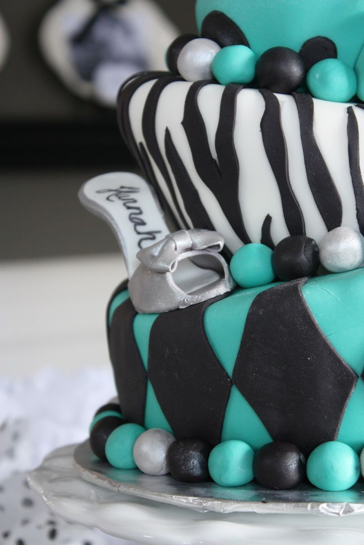 cake boss cakes #meanttobe has my name on the shoe!!! I would want leopard print instead of zebra but über cute cake other way!!