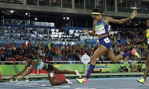 Shaunae Miller dove to beat Allyson Felix in a moment that will live on in Olympic lore.