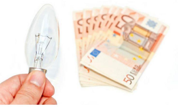 Un año desde que Gobierno puso facturación por horas según precio electricidad en cada instante. http://www.expansion.com/empresas/2015/03/31/551af7f8ca47415b208b4570.html?utm_content=buffer888bf&utm_medium=social&utm_source=twitter.com&utm_campaign=buffer