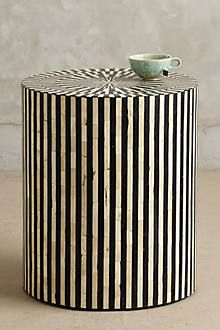 I love the striping, cool optic effect on this stool / end table!