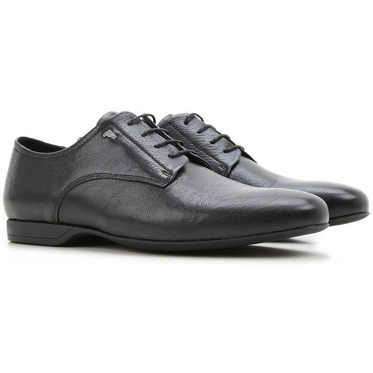 Boutique de Chaussures Versace pour Homme. Chaussures de Sport, Baskets et Classiques Versace de la Dernière Collection.