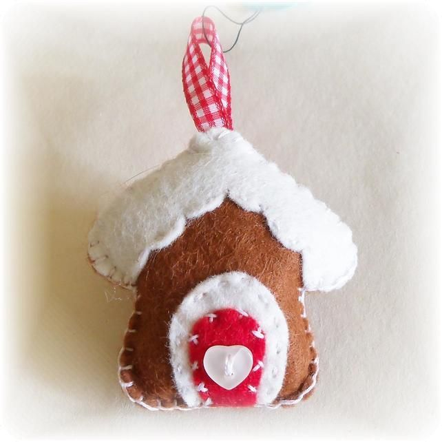 Little Felt Gingerbread Cottage Christmas Decoration *