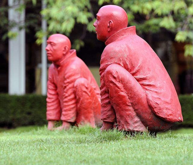 """Since the close of the 2010 Winter Olympics, Vancouver continues to display public art in the city's parks and buildings.   The above figures are part of the piece called """"The Meeting,"""" which is known locally as the """"Red Men."""" It was originally exhibi Tips and recours es on soul mates. learn more at www.soulmatesandfriends.com"""