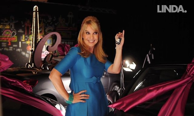 Linda de Mol speelt voor Oprah  video, backstage, cover, shoot, winfrey, peugeot, december, win, car, auto, creme