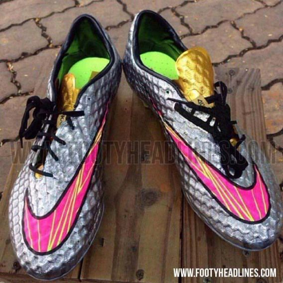 huge discount 72097 71784 nike hypervenom silver and pink women   The outsole of the ...