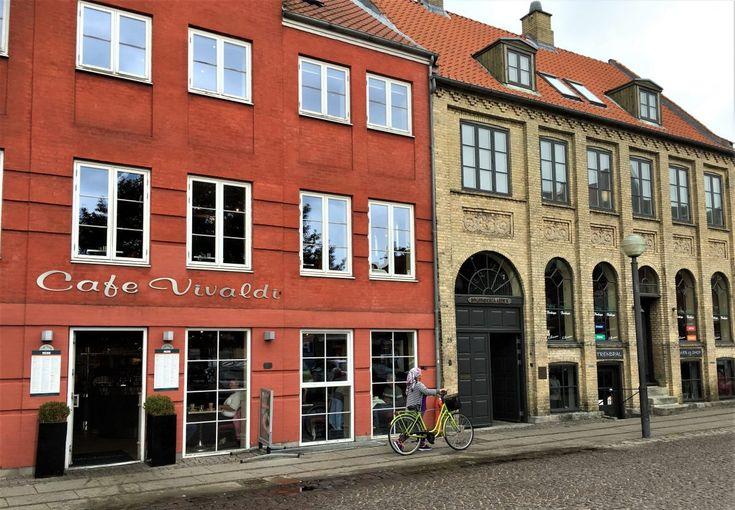 Køge i Danmark - jeg lot meg sjarmere — Urbantoglandlig