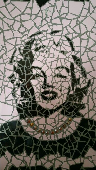 Marilyn Monroe, mosaic made by Martina van der Reijken