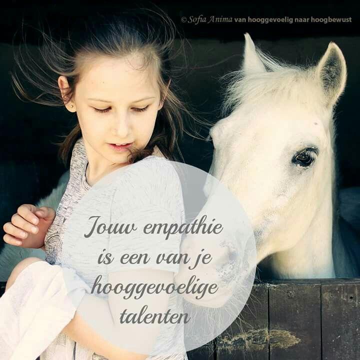 Jouw empathie is een van je hooggevoelige talenten. Sofia Anima, praktijk voor hooggevoelige mensen. www.sofia-anima.nl #hsp