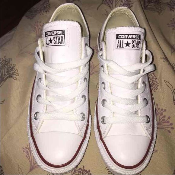 how to clean stains off white converse