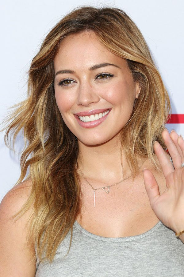You HAVE To See What Hilary Duff Used To Look Like #refinery29  http://www.refinery29.com/2016/03/106735/hilary-duff-beauty#slide-21  The beachy waves, no-makeup makeup, and strong brows that Duff showed off in 2013 have us California dreaming....