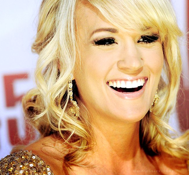 carrie underwood: Girls Crushes, Underwood Fisher, Time Girls, Style Icons, Underwood Why, Carrie Underwood, Places, Hair, Celebrity Life