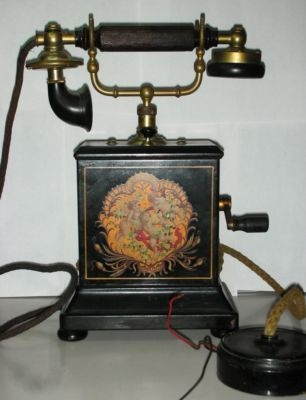 antique crank Ericsson Magneto phone, 1900