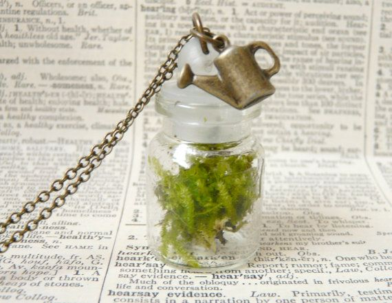 Terrarium moss necklace  green woodland hippie by liliFunambule