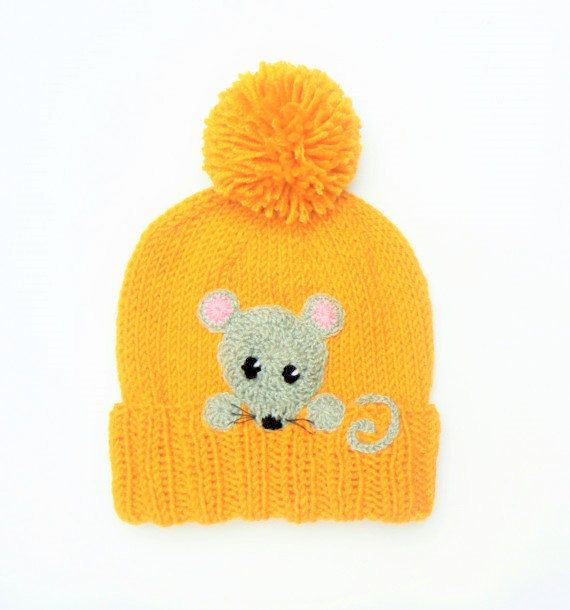 Hand made crochet sewn on applique- MOUSE. It consist of 1 mouse head, 2 paws and a tail. You can use it to embellish kids hats, scarves, jackets, baby blankets, bags or whatever you want:)  You can choose quantity of appliques using drop down menu.  Made of wool acrylic yarn. Sizes about 3.35wide and 3.35high Color- Gray with pink  This item is MADE TO ORDER! Please read my SHOPS POLICIES about shipping and turnaround time: https://www.etsy.com/shop/2mice/policy  All the items in 2mice shop…