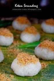 Kangen banget makan ketan yang ditaburi kelapa parut yang disangrai sampai kering atau sering disebut serundeng. Kalau di Bogor gamp...