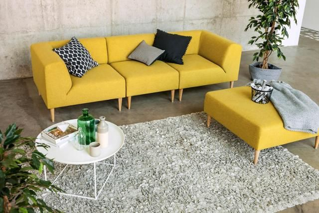 die besten 25 sofa gelb ideen auf pinterest gelbe couch senf wohnzimmer und senfgelbes dekor. Black Bedroom Furniture Sets. Home Design Ideas