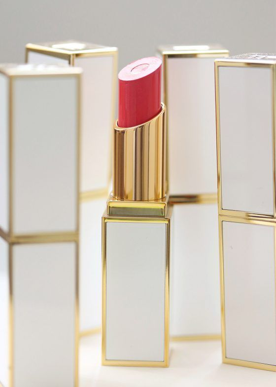 Countdown to National Lipstick Day on July 29th! Tom Ford Moisturecore Lip Color in Paradiso http://www.makeupandbeautyblog.com/tom-ford-beauty-3/national-lipstick-day-july-29-tom-ford-moisturecore-lip-color-in-paradiso/ #MakeupCafe