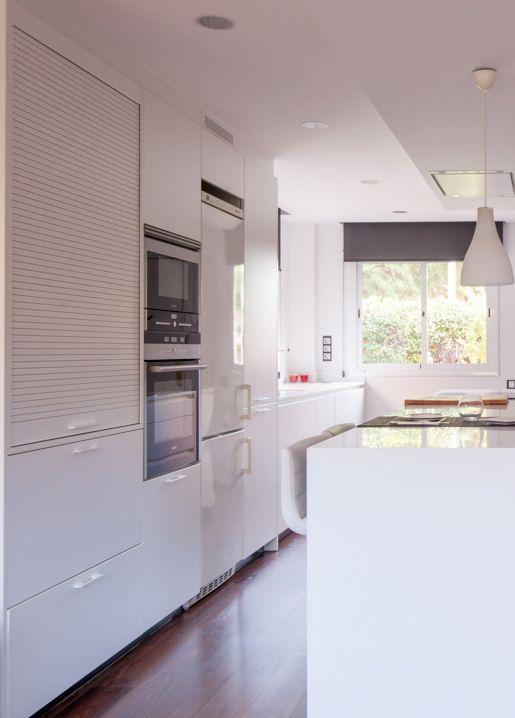 proyecto de clysa en sant cugat barcelona cocina santos line e en color blanco
