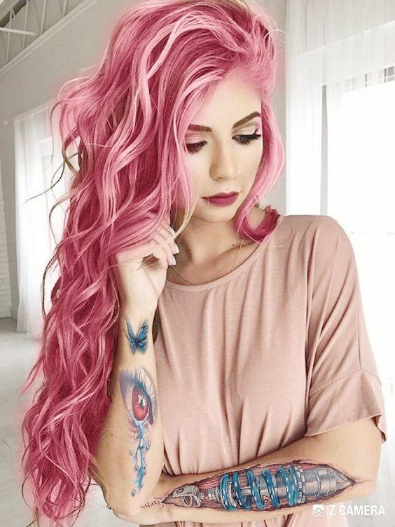 So Stylst Du Deine Pinken Haare Richtig Schöne Große Locken über