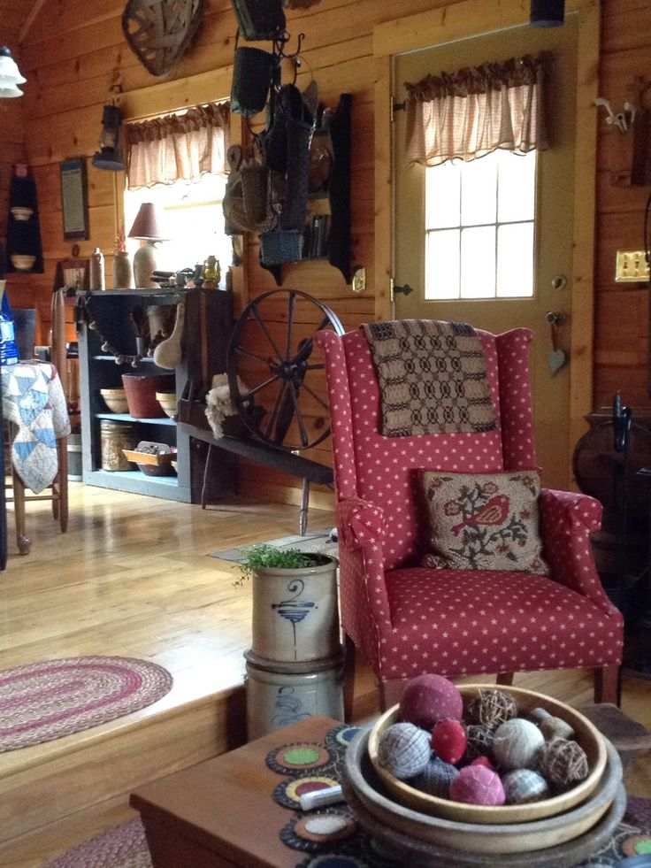 Love What I Can See Of This Living Room..looks Warm And Cozy. Primitive  HomesCountry PrimitivePrimitive DecorPrime ...
