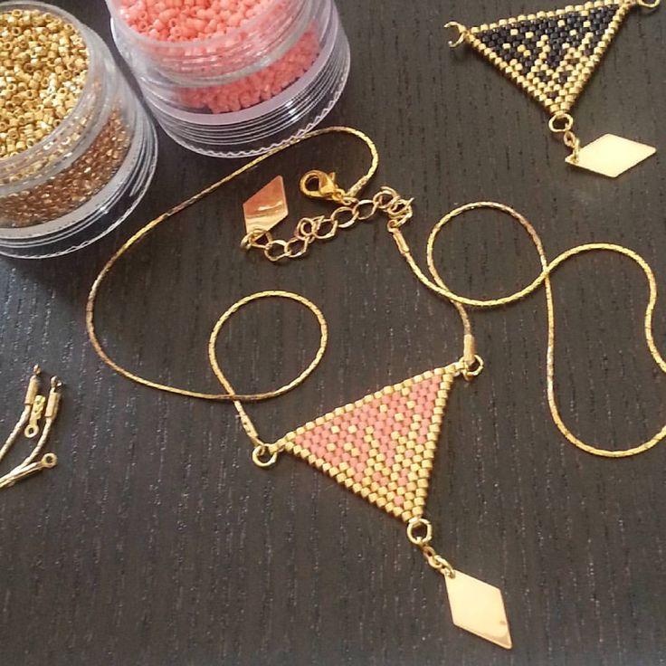 Mini nel ☆ Bijoux☆ sur Instagram: Dernier petit projet, déjà tissé en 3 couleurs. Il est super joli #collier #jenfiledesperlesetjassume #perles #miyuki #madeintoulouse