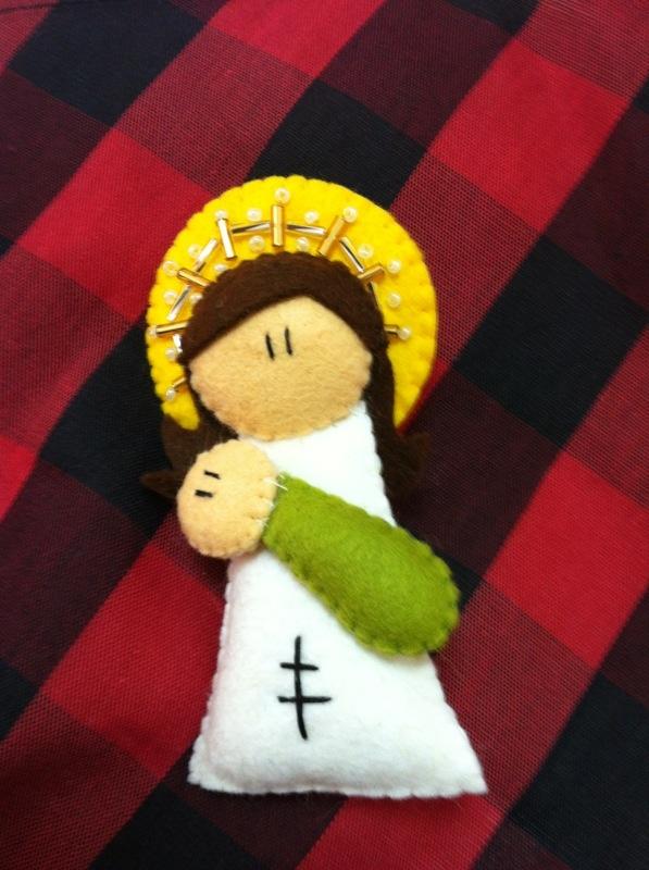 Broche Virgencita del Pilar: